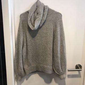 ✨ Babaton Adichie oversized turtleneck sweater